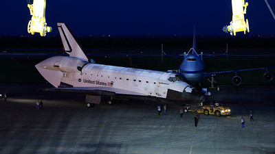 OV-105 - Rockwell Space Shuttle Orbiter - United States - National Aeronautics and Space Administration (NASA)