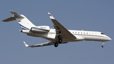 N18WF - Bombardier BD-700-1A10 Global Express XRS - Bombardier Aerospace