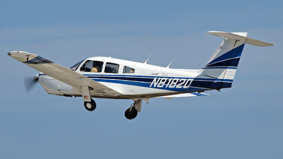 A picture of N8182Q - Piper PA28RT201 - [28R8018059] - © Steve Homewood