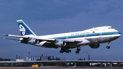 ZK-NZY - Boeing 747-219B - Air New Zealand
