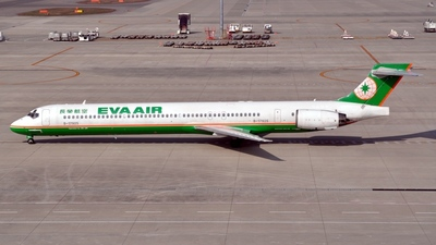 B-17925 - McDonnell Douglas MD-90-30 - Eva Air