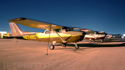 A picture of N974BC - Cessna 172R Skyhawk - [17280044] - © LUIS H AULAR