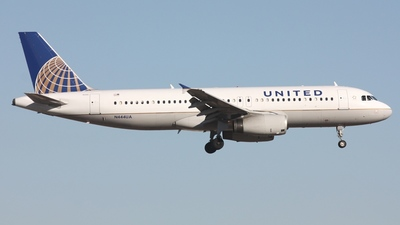 N444UA - Airbus A320-232 - United Airlines