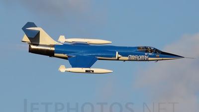 N104RN - Canadair CF-104G Starfighter - Starfighters Demonstration Team