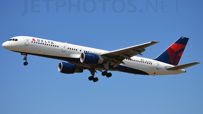 A picture of N647DL - Boeing 757232 - [24218] - © planespotter3