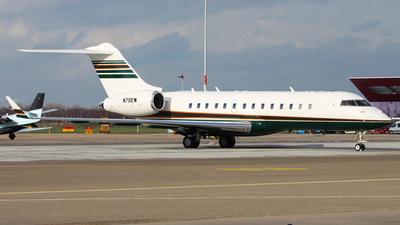N70EW - Bombardier BD-700-1A10 Global Express - Private