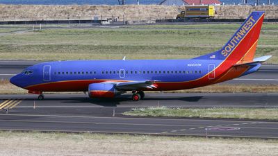 N303SW - Boeing 737-3H4 - Southwest Airlines