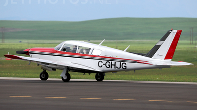 C-GHJG - Piper PA-24-260 Comanche C - Private