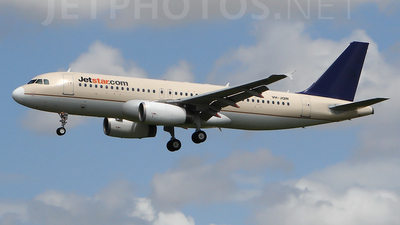 VH-JQW - Airbus A320-232 - Jetstar Airways