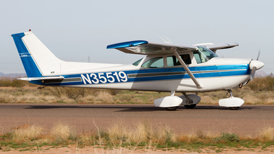 N35519 - Cessna 172I Skyhawk - Private