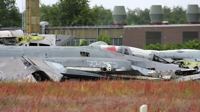 38-43 - McDonnell Douglas F-4F Phantom II - Germany - Air Force