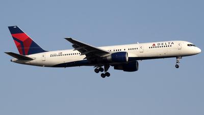A picture of N632DL - Boeing 757232 - [23613] - © mutzair