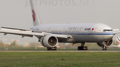 B-2090 - Boeing 777-39LER - Air China