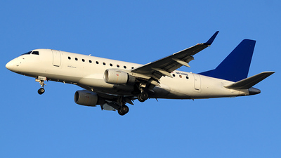 N810MD - Embraer 170-100SU - Shuttle America