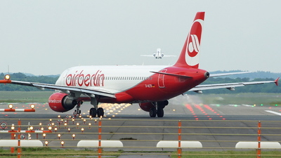 D-ALTD - Airbus A320-214 - Air Berlin (LTU)