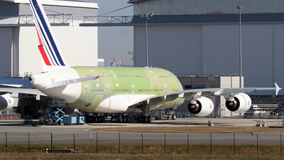 A picture of FWWSQ - Airbus A380 - Airbus - © javier del olmo