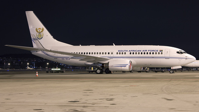 ZS-RSA - Boeing 737-7ED(BBJ) - South Africa - Air Force