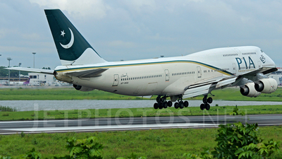 AP-BGG - Boeing 747-367 - Pakistan International Airlines (PIA)