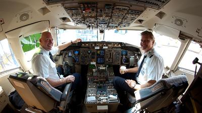 N623AA - Boeing 757-223 - American Airlines