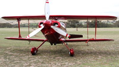 VH-XPS - Pitts S-1-11B Super Stinker - Private