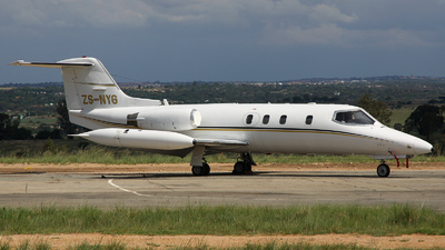 ZS-NYG - Gates Learjet 25B - Fortune Air