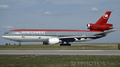 N150US - McDonnell Douglas DC-10-40 - Northwest Airlines