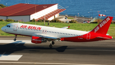 D-ABDS - Airbus A320-214 - Air Berlin