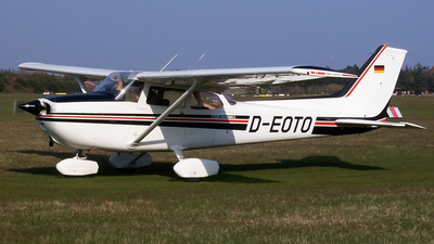 D-EOTO - Cessna 172 Skyhawk - Private