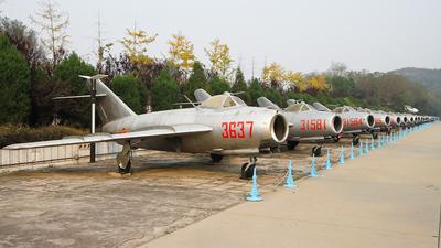 3637 - Shenyang J-5 - China - Air Force
