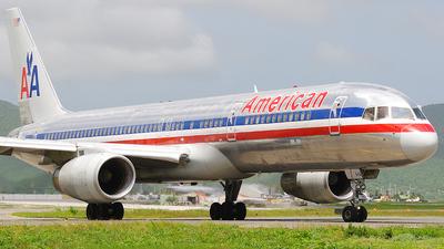 N643AA - Boeing 757-223 - American Airlines