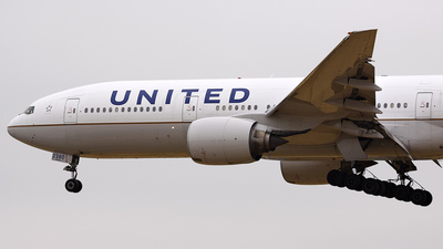 N780UA - Boeing 777-222 - United Airlines