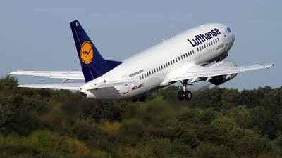 D-ABXZ - Boeing 737-330 - Lufthansa