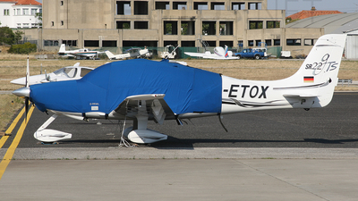 D-ETOX - Cirrus SR22 - Private