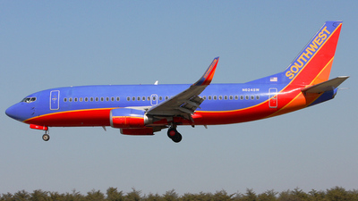 N624SW - Boeing 737-3H4 - Southwest Airlines