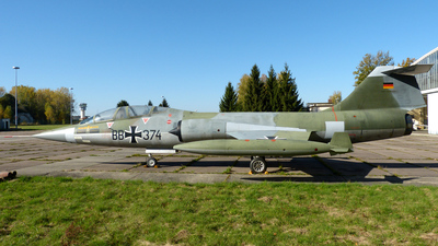 29-11 - Lockheed F-104F Starfighter - Germany - Air Force