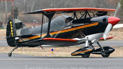 N396DC - Pitts S-1T - Private