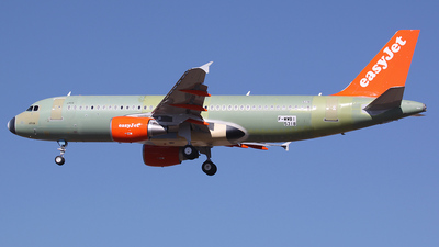 F-WWBI - Airbus A320-214 - easyJet