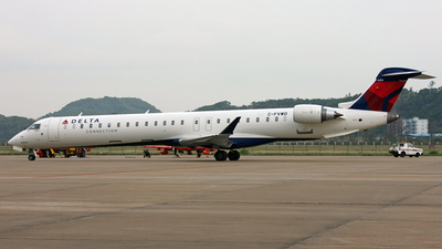 C-FVWD - Bombardier CRJ-900ER - Delta Connection (Pinnacle Airlines)