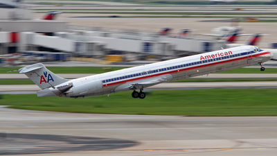 N7539A - McDonnell Douglas MD-82 - American Airlines