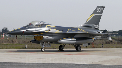 MM7251 - General Dynamics F-16A Fighting Falcon - Italy - Air Force