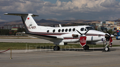 TC-AUY - Beechcraft 200 Super King Air - Anadolu University Civil Aviation School
