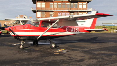 A picture of GATSL - Cessna F172G Skyhawk - [0260] - © Ian Howat