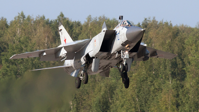 RF-92387 - Mikoyan-Gurevich MiG-31 Foxhound - Russia - Air Force