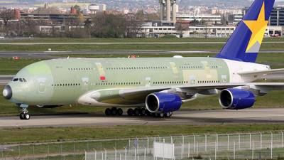 F-WWSL - Airbus A380-841 - Skymark Airlines