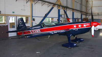 D-EXMR - Extra 300S - Private