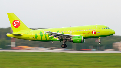 VP-BTP - Airbus A319-114 - S7 Airlines