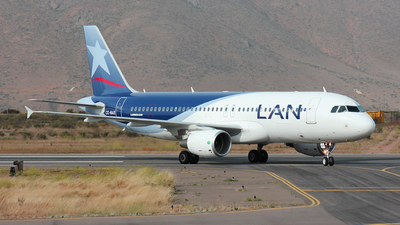 CC-BAS - Airbus A320-214 - LAN Airlines