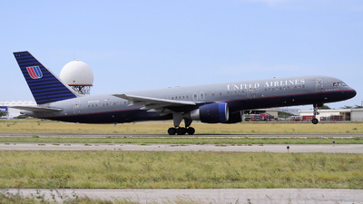 N582UA - Boeing 757-222 - United Airlines