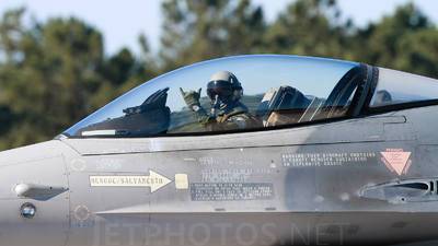 15116 - General Dynamics F-16A Fighting Falcon - Portugal - Air Force