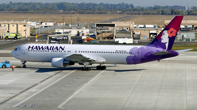N597HA - Boeing 767-332 - Hawaiian Airlines